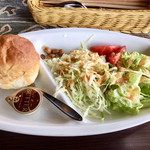 PAGE - 料理写真:サラダ&パン