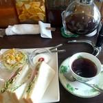 よつ葉Cafe - 料理写真: