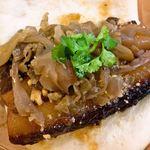 刈包 - 經典滷肉