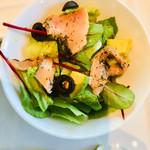103844417 - ワンプレートランチ サーモンマリネとアボガトのサラダ