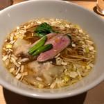 鶏そば 山もと - 料理写真: