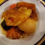 モロッコ料理の台所 エンリケマルエコス - 牛肉と野菜のくすくす