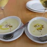 103845789 - 高原キャベツのクリームスープ