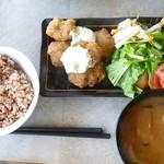 自然野菜レストラン 駒込 ナーリッシュ - ベジチキン南蛮