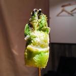オリーブ - 季節野菜の串アヒージョ つぼみな