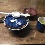 田代 - 鰻丼 上 のセット
