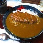 細島屋 花水木 - 料理写真:カツカレー 800円