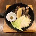 103856118 - 甲州地どりの炭火炙り(炙り)