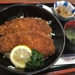 三條屋 - 料理写真:ソースカツ丼