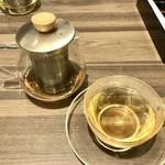 ギョウザ オウショウ - 台湾ウーロン茶(東方美人)