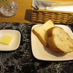 ウィン・ウィン - バゲット・ミニ食パン