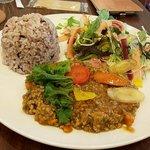 LEAFⅡ - みやじ豚と有機野菜のキーマカレー