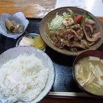 千力 - 豚肉生姜焼き定食700円♪