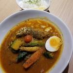 103898643 - チキン野菜カレー 1296円