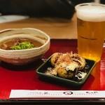 たこ昌 - 料理写真:たこ焼3個+どて焼+生ビール
