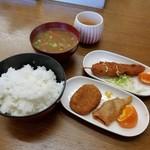 第五トヨタ屋食堂 - 料理写真:ランチ「日替定食 (600円)」