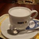 ドトールコーヒーショップ - ロイヤルミルクティー 330円