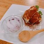カフェ&ダイニング ベル - ブルーベリーチーズケーキアイス&ティラミス