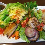 雷門焼酎バル 利左衛門 - 三浦野菜のサラダランチ
