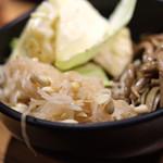 和牛焼肉食べ放題 肉屋の台所 - ナムル