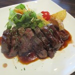 バーバ・スタイル - 特別メイン料理 牛ランプ肉ステーキ 1,500円(税別)     2019.03.17