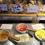 バーバ・スタイル - ランチビュッフェ 1,200円(税別)の お料理。     2019.03.17