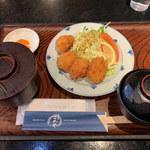 食事処こめや - チキンカツ定食 これで290円とは驚きのコスパ(゜o゜)
