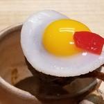 103927468 - ⑭目玉ハンバーグカレー                       可愛いビジュアルに胸キュン♪(死語)                       小さなハンバーグだと不足する肉汁を目玉焼きのタマゴのコクで補っており、きっちり美味しい                       和風の出汁系カレー、マインドだけどピリッときます
