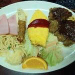 洋食マルヤ - Sランチ(メインハーフビフカツ)
