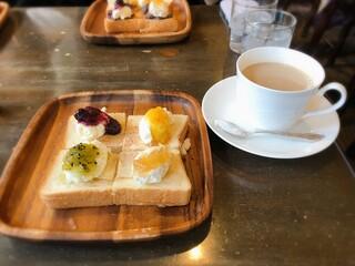 コーヒーショップ カコ 花車本店 - カフェオレ 500円 +250円でトーストにシャンティをトッピング♡