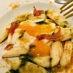 103937701 - ホワイトアスパラガスと温度卵ジャガイモのピューレ添え