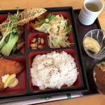 カフェレスト おしゃれ - 料理写真:日替りランチ(660円)