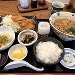 波利満屋 - 料理写真:ランチ トンカツ 980円