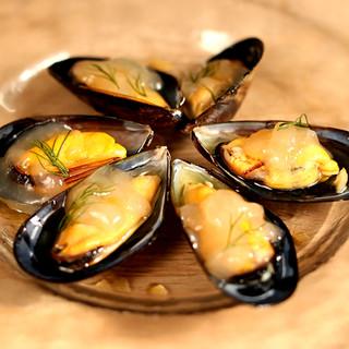 大ぶりで旨味たっぷり!カナダ・ソルトスプリング島産ムール貝