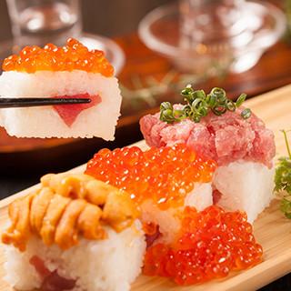 名物☆ウニとイクラ、マグロのこぼれ寿司!