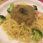 スパゲッティ専科 すたじおーに - エビとブロッコリー  辛みそ  1000円  1・5倍盛り+240円
