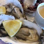 ル ビストロ - 仙鳳趾の牡蠣。