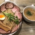 アノラーメン製作所 - 料理写真:Kani soup Double トッピング 肉