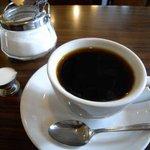 エコー - ネルドリップで丁寧に淹れられたコーヒーは珠玉の一品