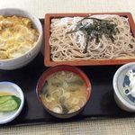 増田屋 そば店 - 料理写真:親子丼蕎麦セット
