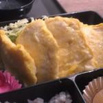 カフェ インビー - 鶏肉のピカタ とても柔らかい!