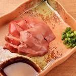 低温調理鶏レバ刺