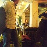 トウキョウ サロナード カフェ ダブ - アンティークな雰囲気に、胴元とJIROCK氏もご満悦