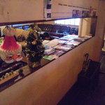 トウキョウ サロナード カフェ ダブ - 入り口近くのとこが禁煙席のようです