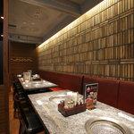 焼肉チャンピオン - 【個室】店内奥の個室は、ご接待等の大切な時間をお過ごし頂けるお席です。
