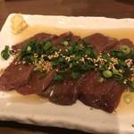 学芸大学前 肉寿司 - 食べたかった馬レバ刺し!ウマシ!
