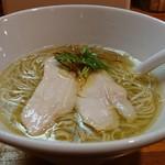 極汁美麺 umami - 「地鶏魚貝塩」