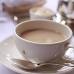 ウエスト青山ガーデン - デザートとセットで注文したカフェオレ、おかわり自由でした。