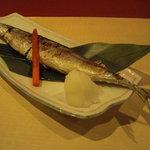 TEN - 秋刀魚焼。