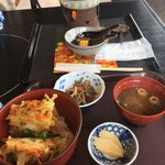 ヤマサちくわ - 料理写真:魚菜天丼セット760円です。